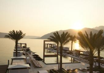 Wild Beauty Award 2013 Porto Montenegro piscina immagine 2